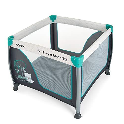 Hauck Play'n Relax SQ Reisebett, leichtes 3-teiliges, quadratisches Baby-Laufgitter, inkl. Matratze und Tasche, Liegefläche 90 x 90 cm, faltbar und tragbar, forest fun, grau